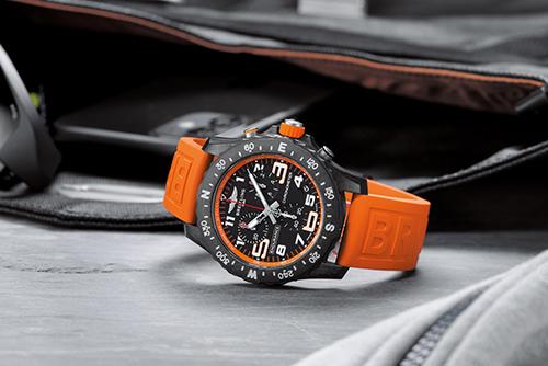 百年灵专业系列X82310A51B1S1腕表回收